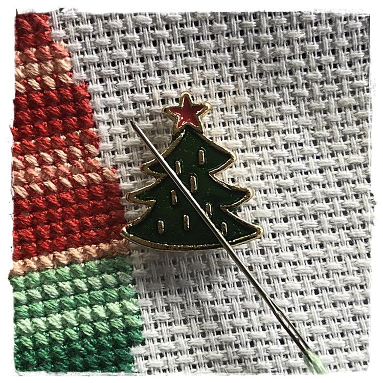Magnetic Needle Minder Christmas Tree
