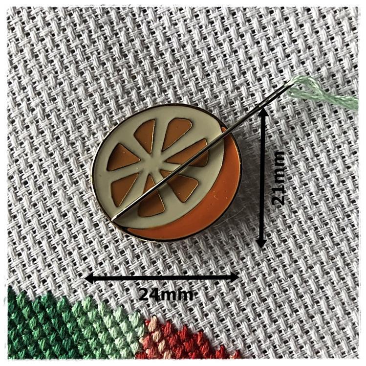 Magnetic Needle Minder Orange