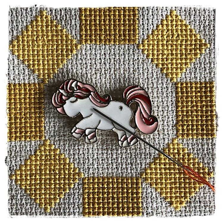 Magnetic Needle Minder Pony