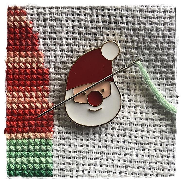Magnetic Needle Minder Santa Claus
