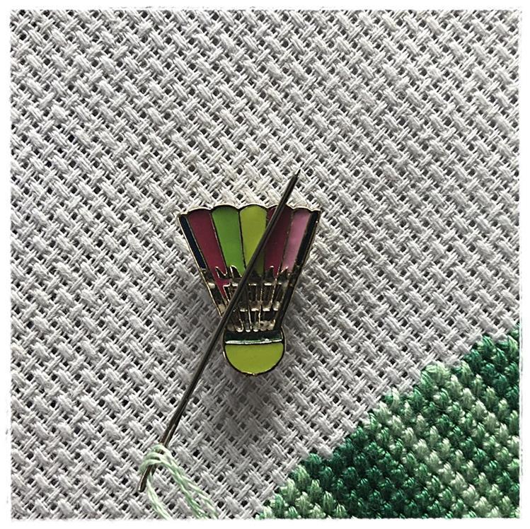 Magnetic Needle Minder Shuttlecock